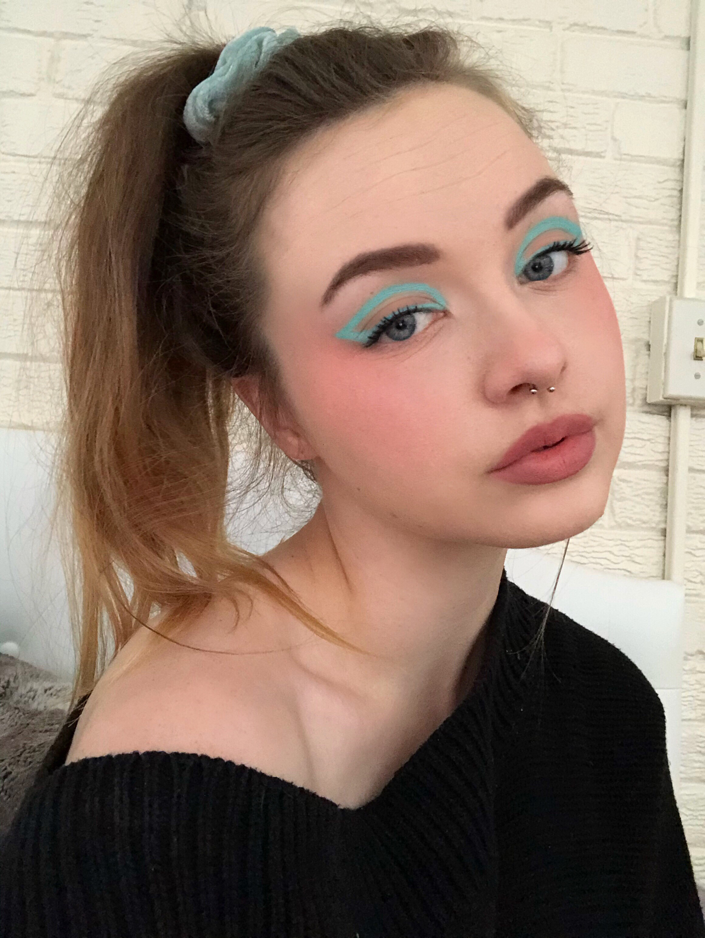 Pin By Tee On Eye Candy James Charles Makeup Inspiration Makeup Looks