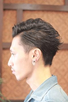ツーブロック アシメ 最新メンズヘアカタログ メンズファッションメディア Otokomae ヘアスタイリング ヘアカット 髪型