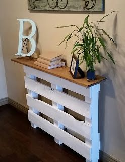 Photo of Full Bed. Full Heart.: Entryway Pallet Table DIY