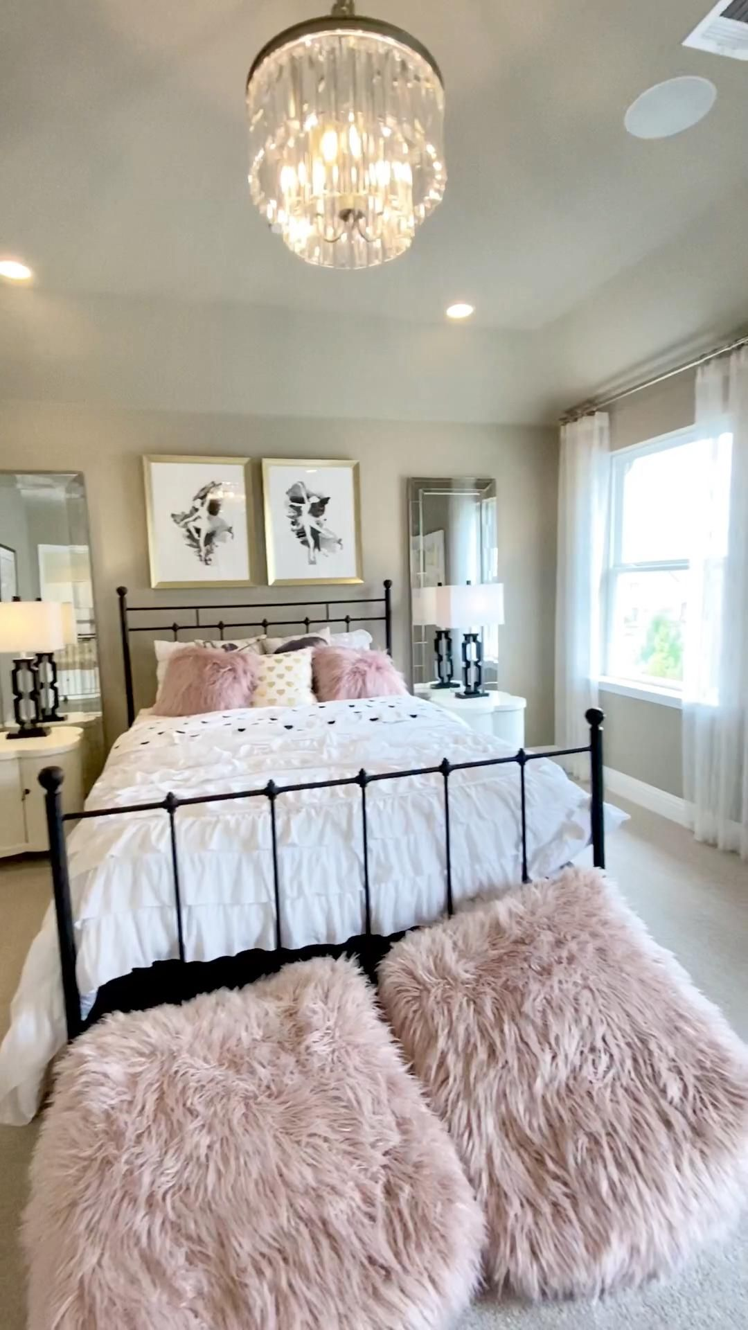 Ballet pink girls bedroom design