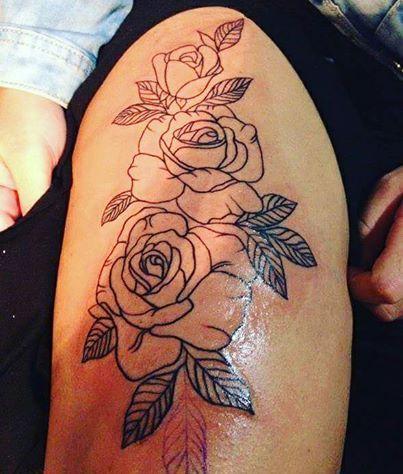 148 Tatuajes De Rosas Hombre Y Mujer Por Partes Del Cuerpo Tatuajes De Rosas Tatuaje Para Tapar Estrias Tatuajes Para Mujer