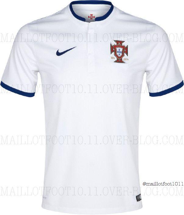 Uniforme reserva de Portugal para o Mundial - http   www.colecaodecamisas. 27cddd0e3dd1d