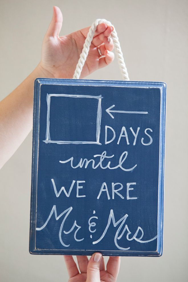Countdown To Wedding Gifts: DIY Your Own Wedding Countdown Chalkboard!