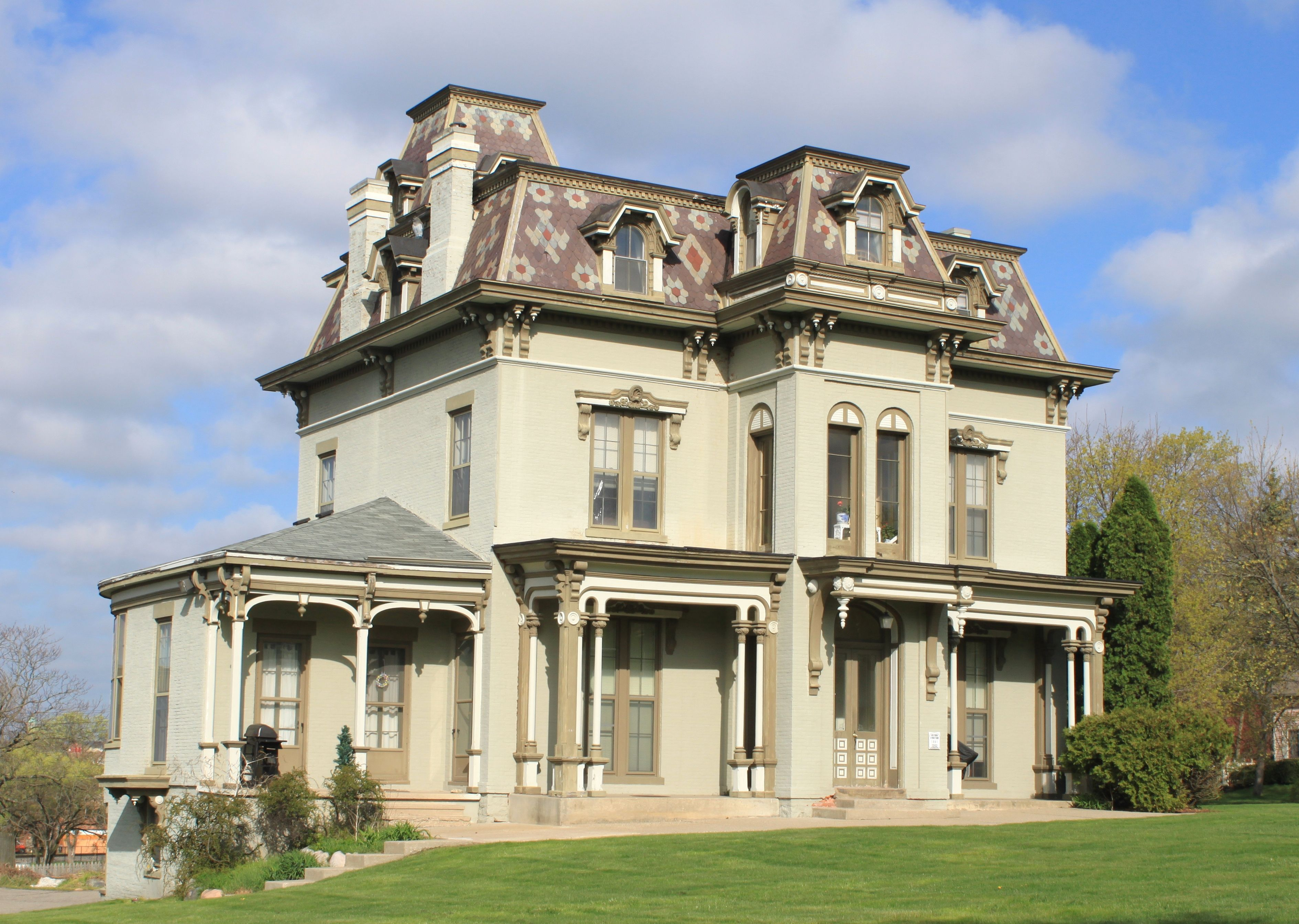 Real Estate Investing Get All The Facts About Creative Investing Today Wholesaling Real Estate Subject To More Mansions Victorian Homes Old Mansions