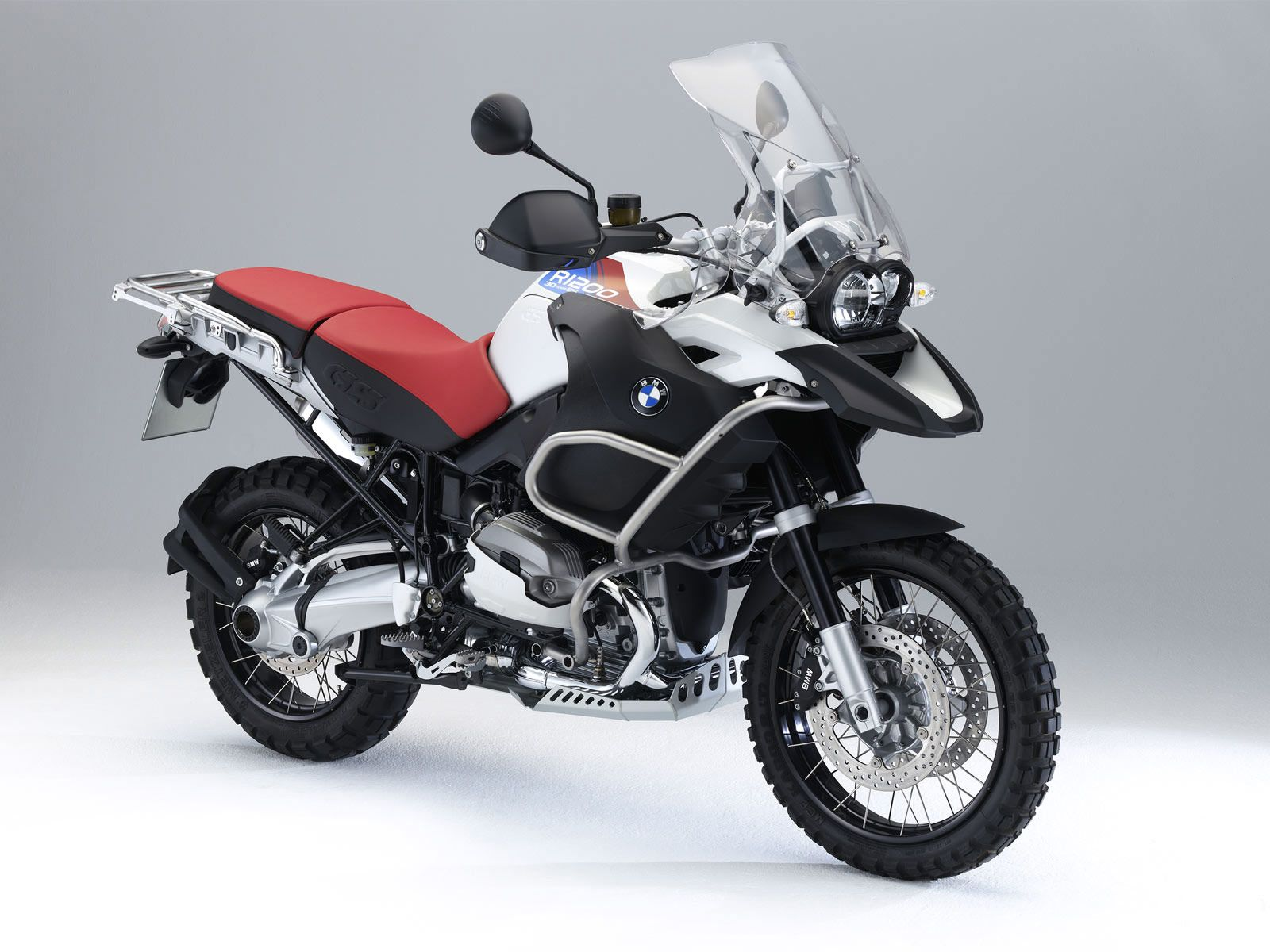 Adventure Motorcycles With Images Bmw Motorbikes