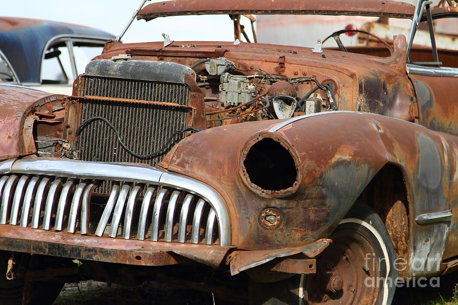 Rather than keeping such a junk in your garage, it is better to junk ...