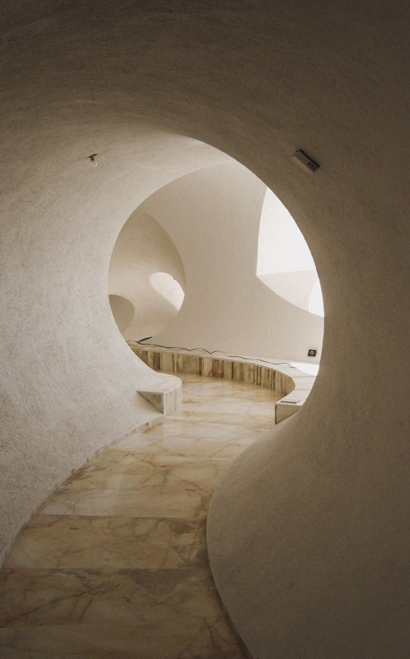 Photo of Maison Gaudet (Bubble House) by Antti Lovag