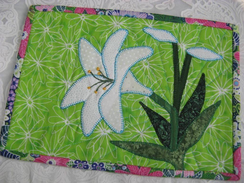 Lily mug rug mantel manteles individuales y caminos de mesa - Individuales para mesa ...