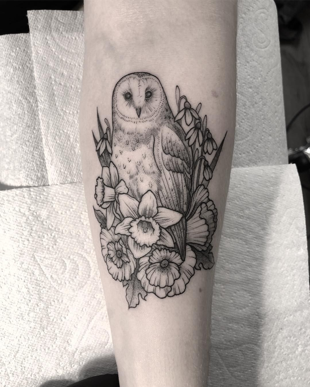James Butler On Instagram Did This Little Fineline Barn Owl Today For Esme Thanks So Much Was Ace To See You Aga Barn Owl Tattoo Owl Tattoo Design Barn Owl