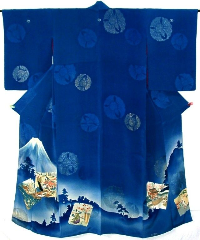 kimono is from around Taisho period(1912-1925) and has wonderful noble people and Mt. Fuji picture, which is dyed with very elegant touch.  'Fukusa Suzume'(fat sparrow) pattern is woven with metallic coated threads.