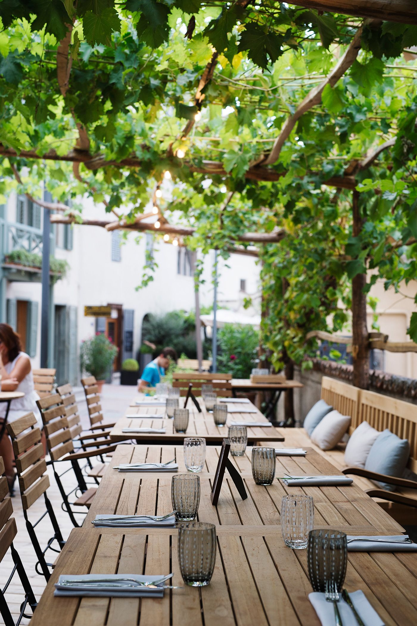 Gartenlaube Terrasse Restaurant Boutiquehotel Sudtirol