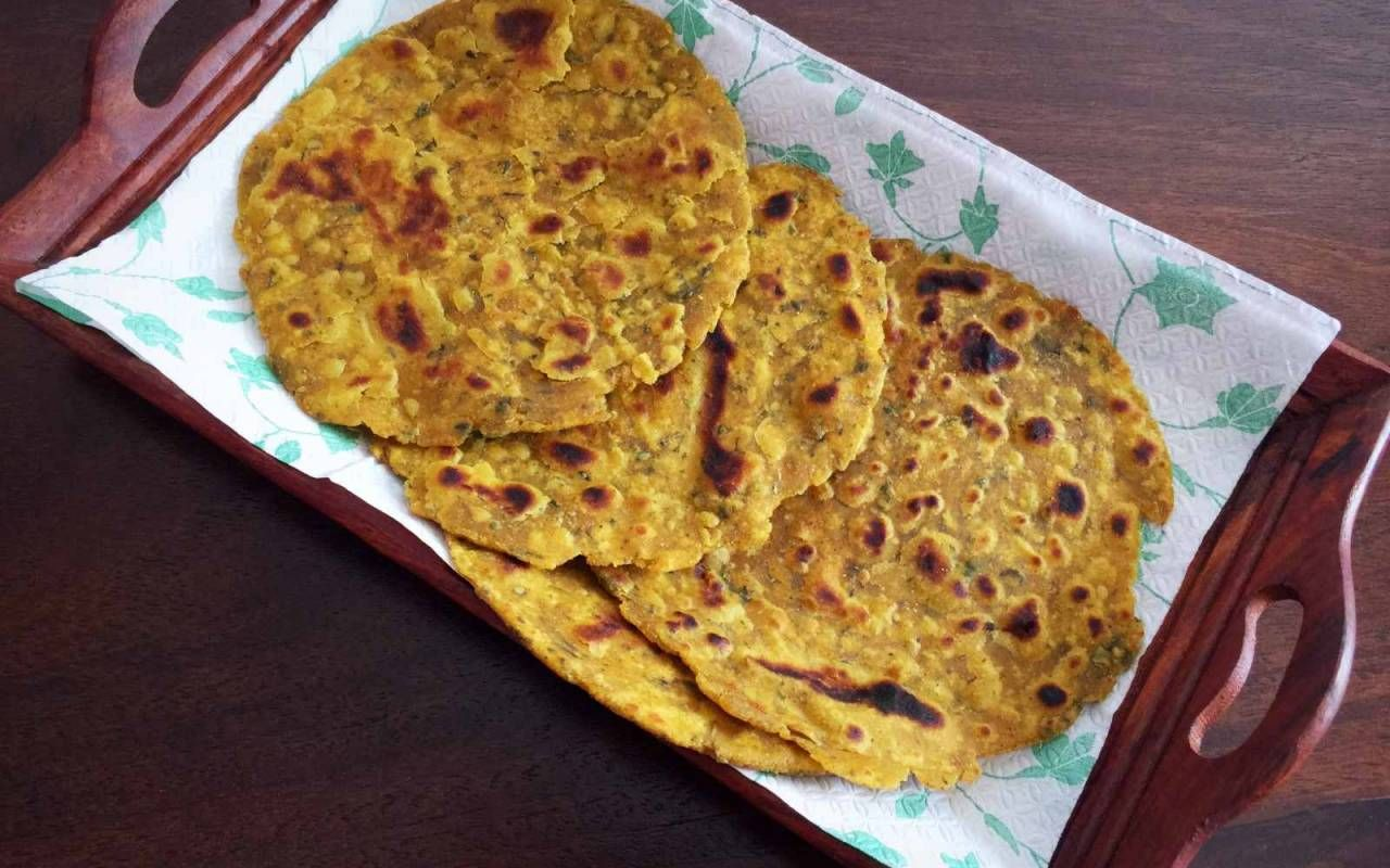 Masala roti recipe soft and spicy indian flat bread recipe masala roti recipe soft and spicy indian flat bread forumfinder