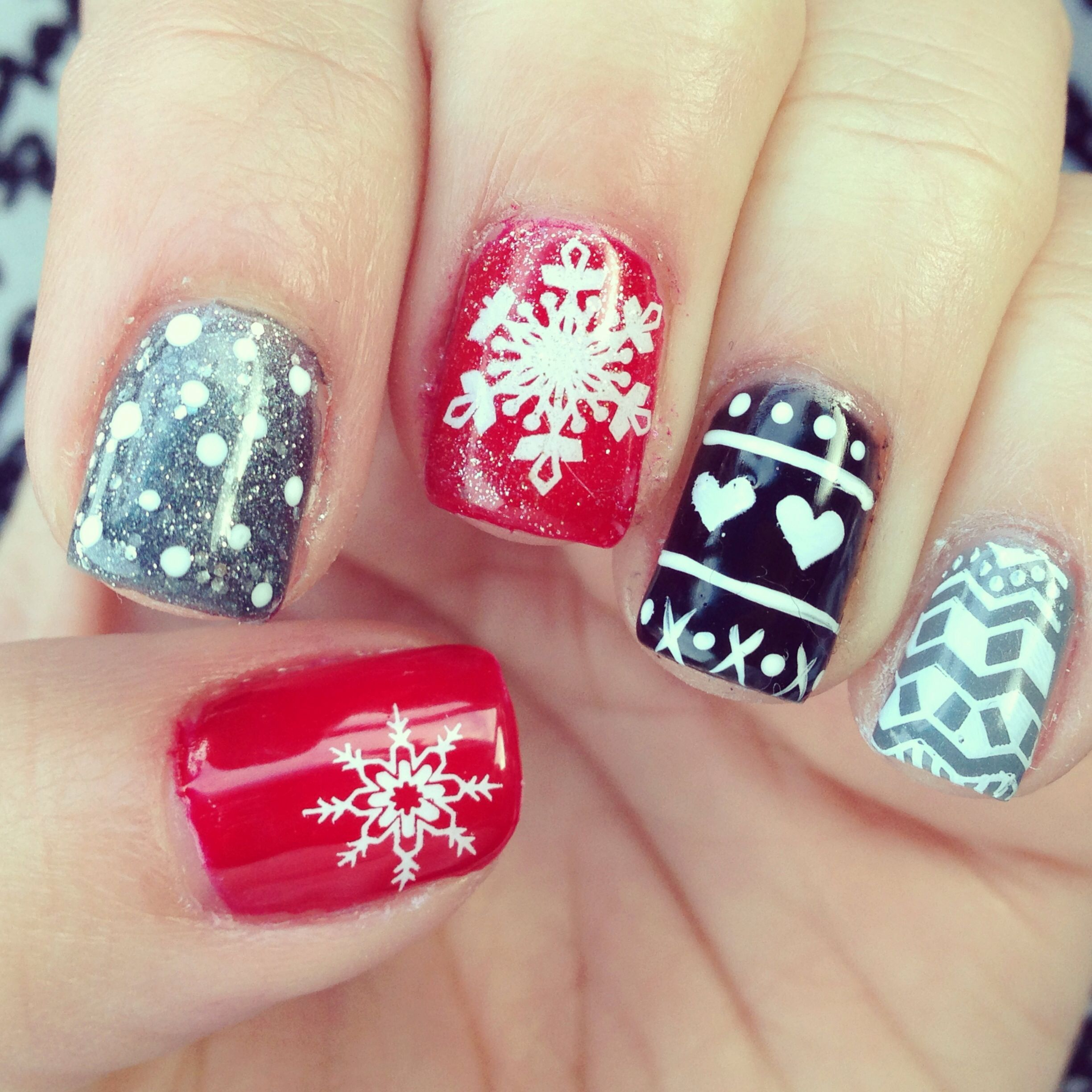 Christmas Nails Shellac: Winter Sweater Shellac Nails! My Nail Tech Is The Greatest