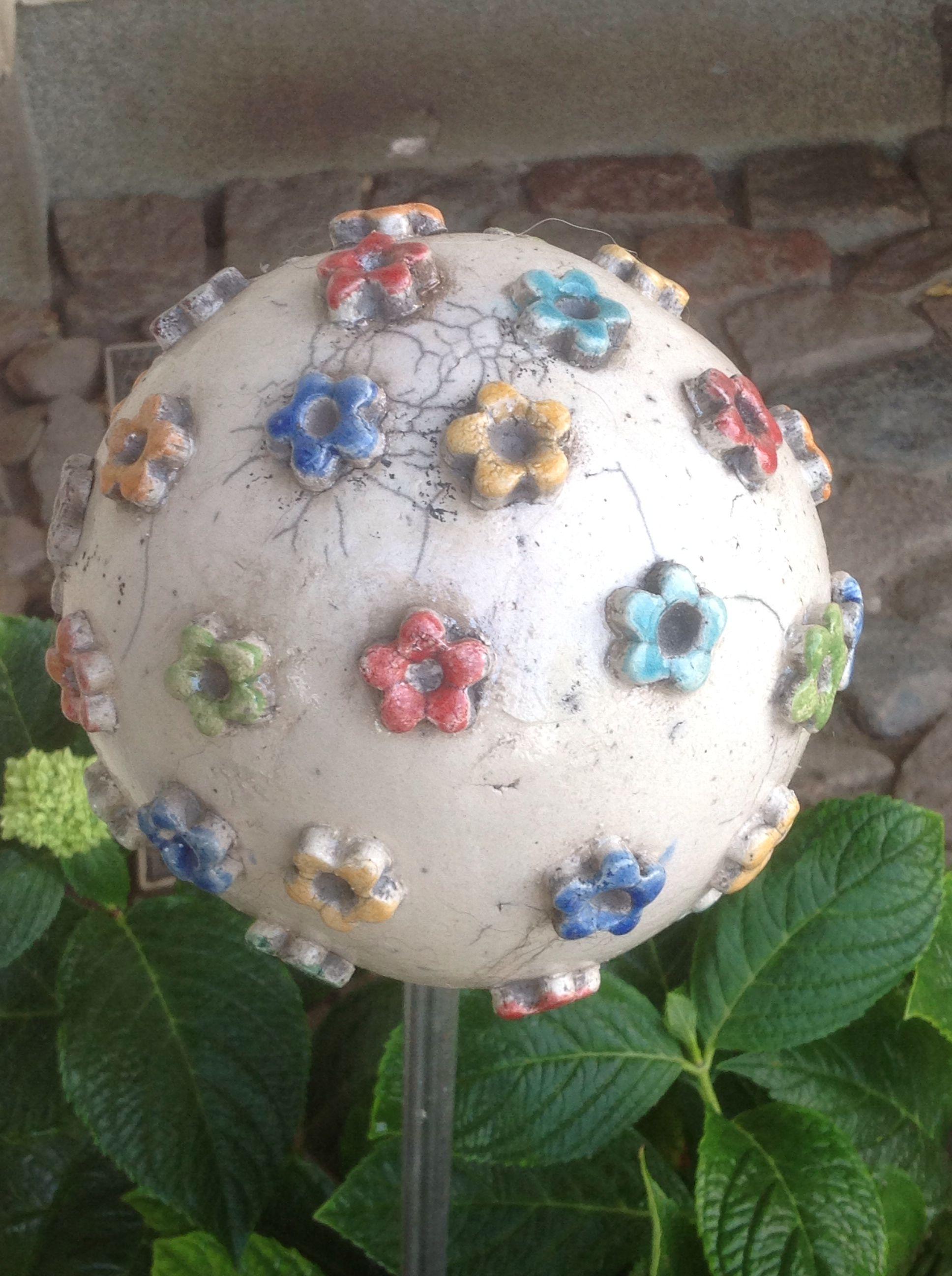 Gartenkugel keramik pinterest gartenkugeln keramik und kugeln - Keramik ideen ...