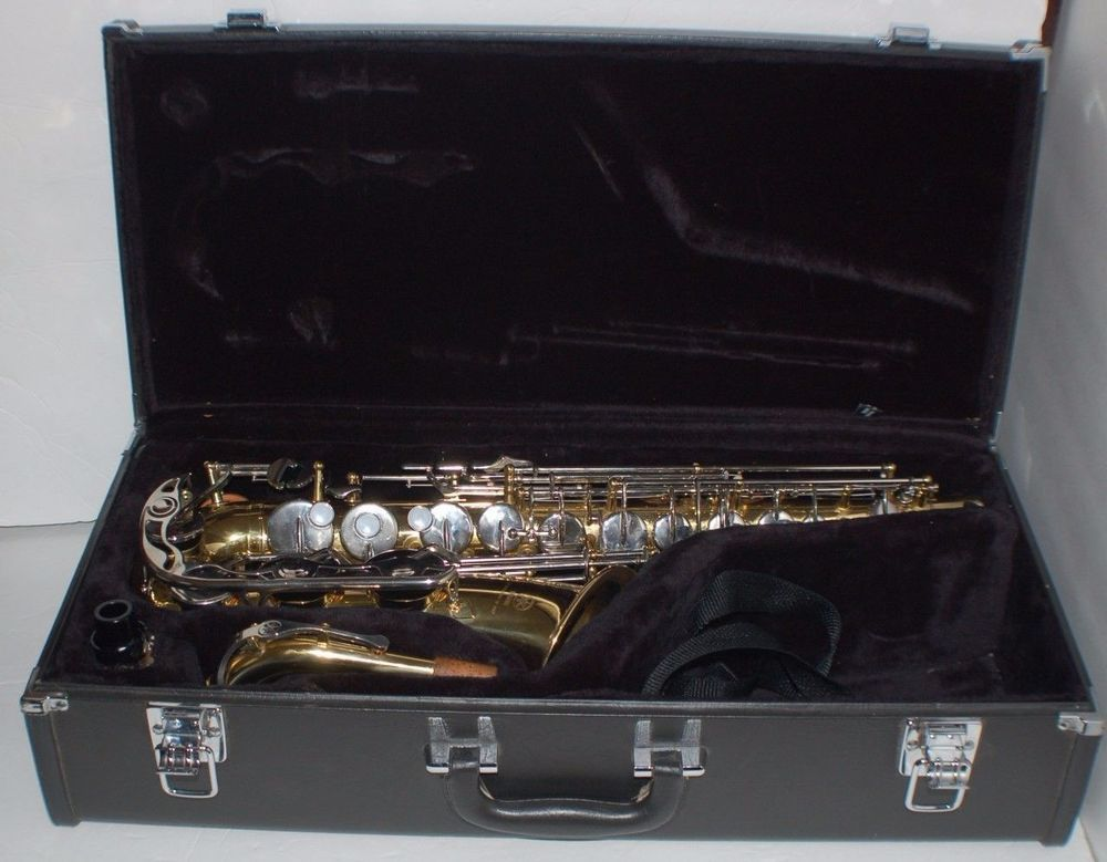 Yamaha Yas 23 Alto Saxophone Wcase Stuff To Buy In 2019