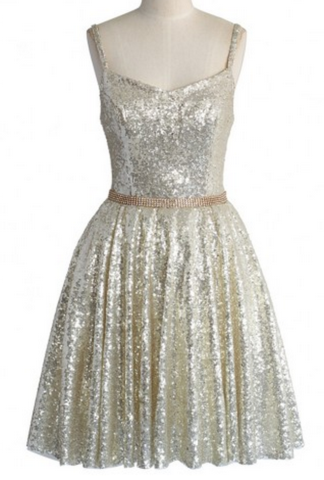 light gold sequin dress  http://rstyle.me/n/t2pdipdpe