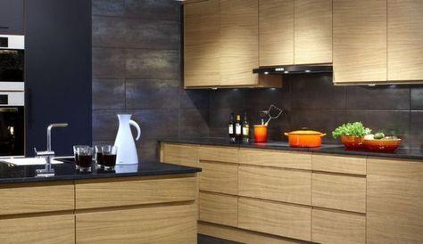 Idée relooking cuisine cuisine moderne bois chêne avec un îlot