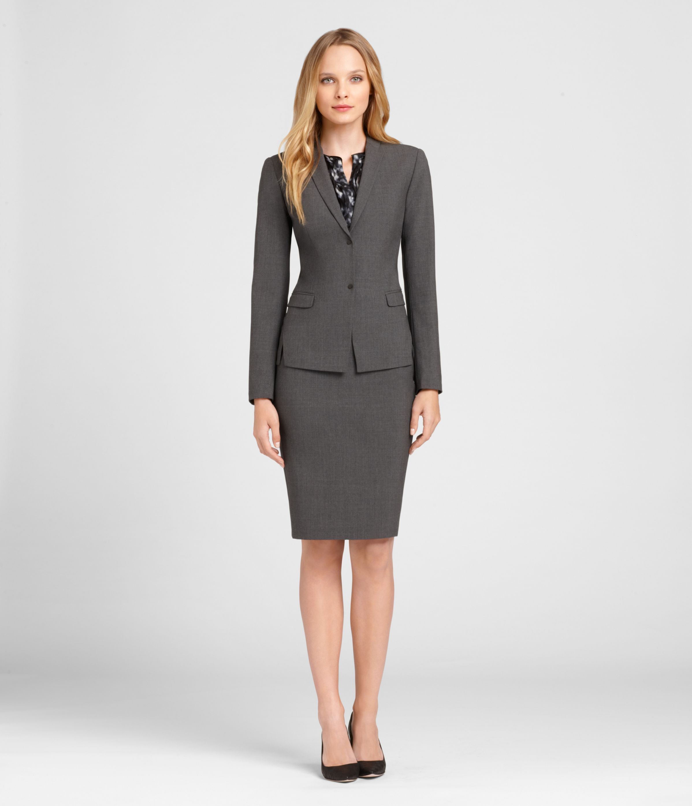 seasonless wool skirt suit work wear business appropriate clothes for women to wear at interview