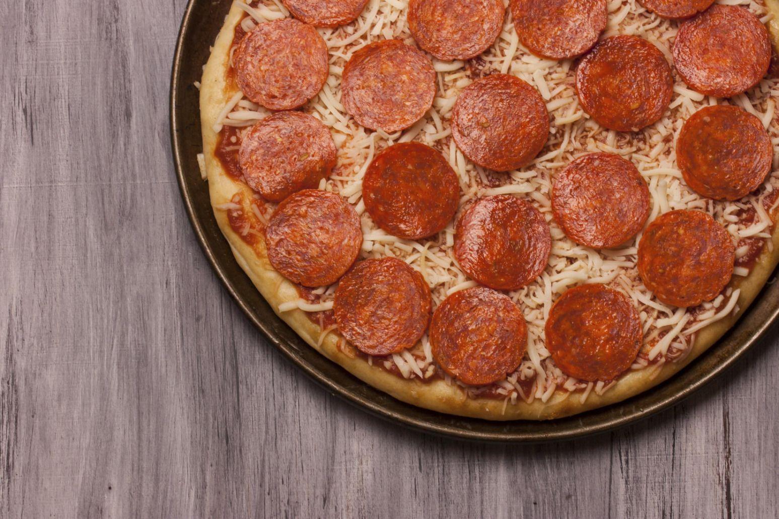 Hayward round table pizza brokeasshome