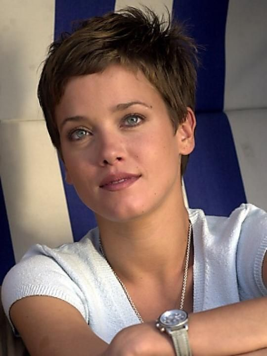 Picture Of Muriel Baumeister Short Hair Styles Movie Stars Actresses