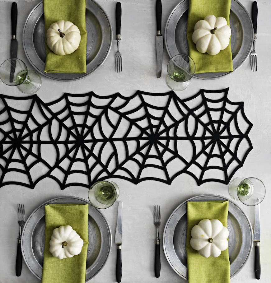 Go from package to party in minutes with halloween d cor - Martha stewart decoracion ...