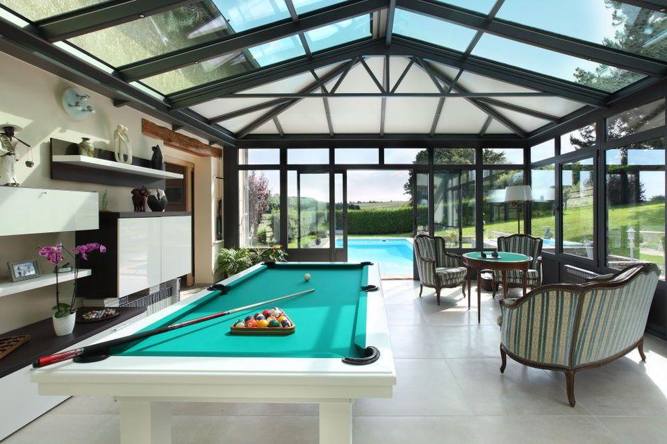 une v randa salle de jeux extension veranda verriere et salle de jeux. Black Bedroom Furniture Sets. Home Design Ideas