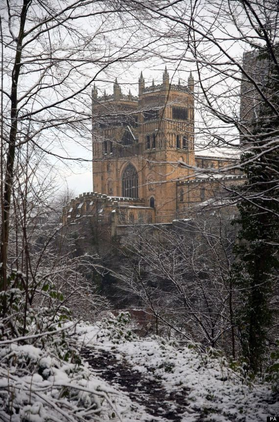 Biggest Snowfall Of Winter Winging Its Icy Way Durham Cathedral