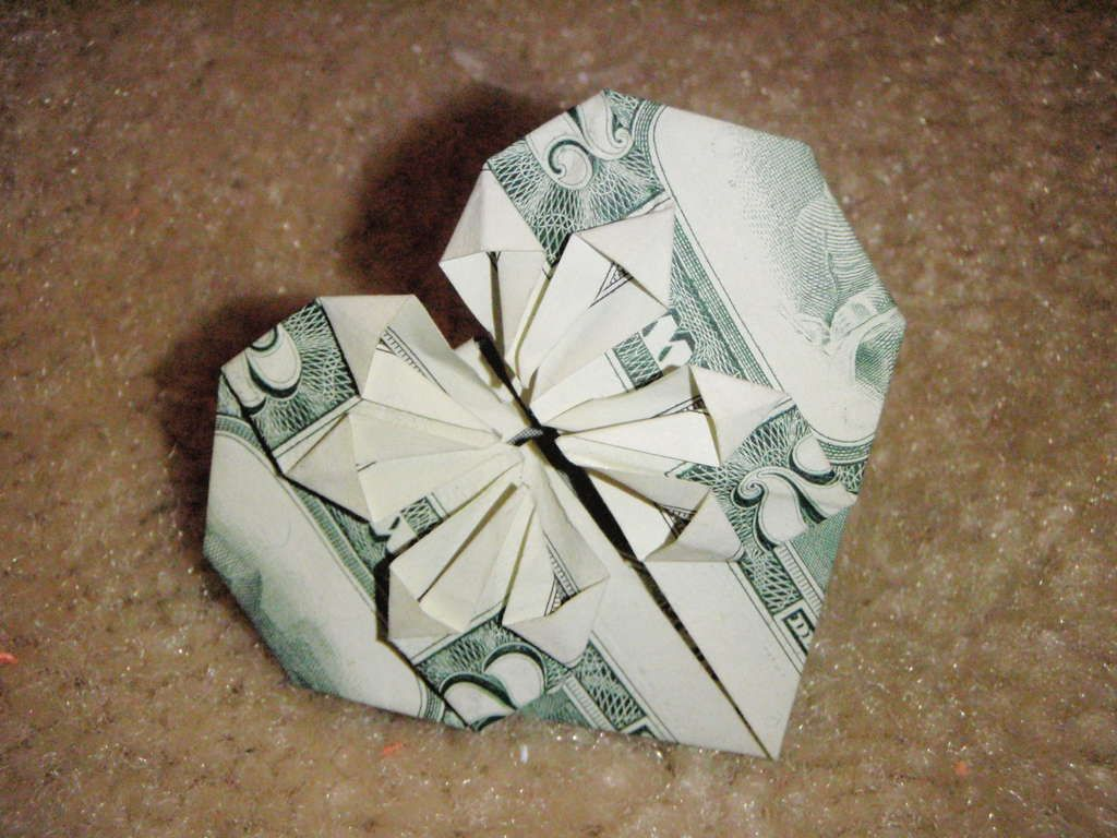 Dollar Bill Origami Heart | Dollar bill origami, Origami ... - photo#14