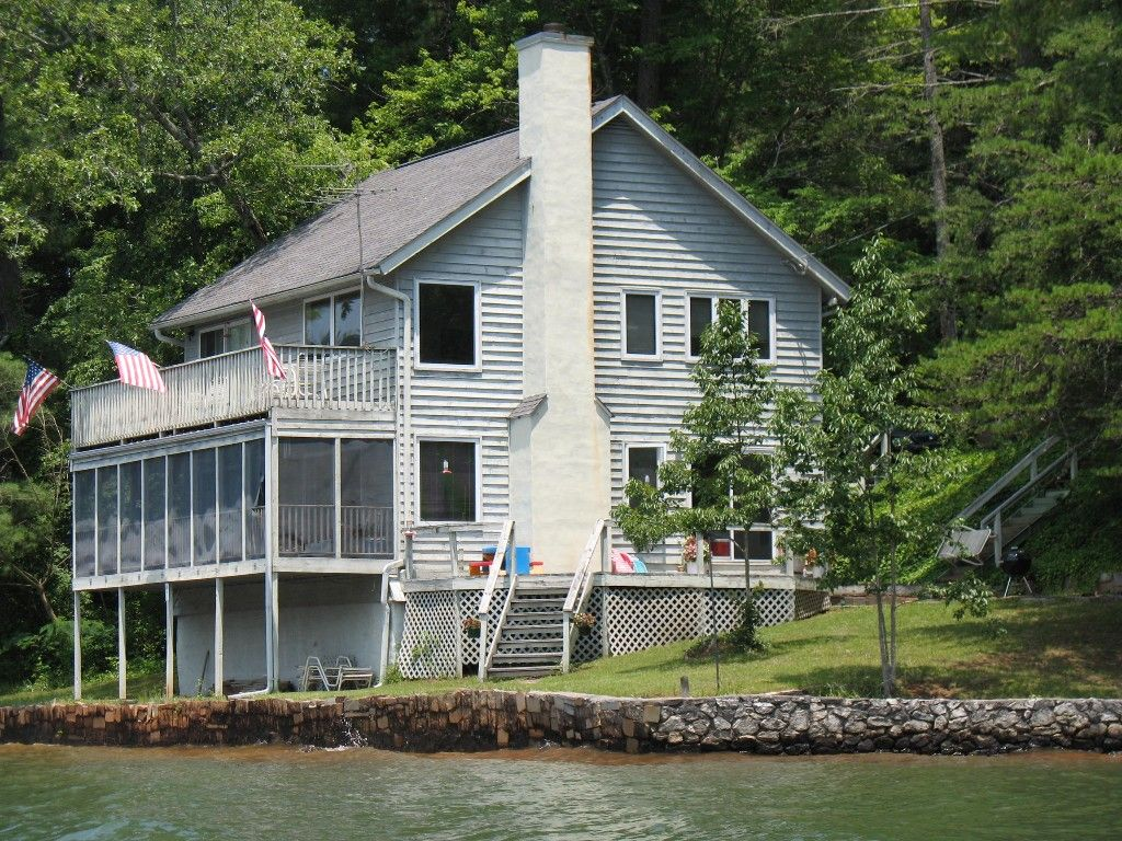 Vrbo Com 440842 Lakefront Property With Boathouse Lakefront Property Vacation Cabin Rentals