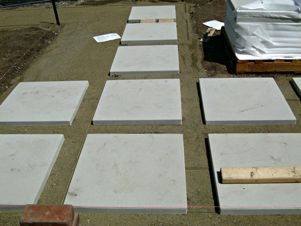 Keep pavers in a straight line