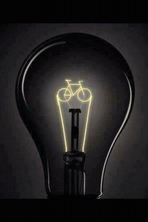 Porque amanhã é sábado. #bike #pedalar #mobilidade #ideiasverdes #ideiasveggie #veganstyle