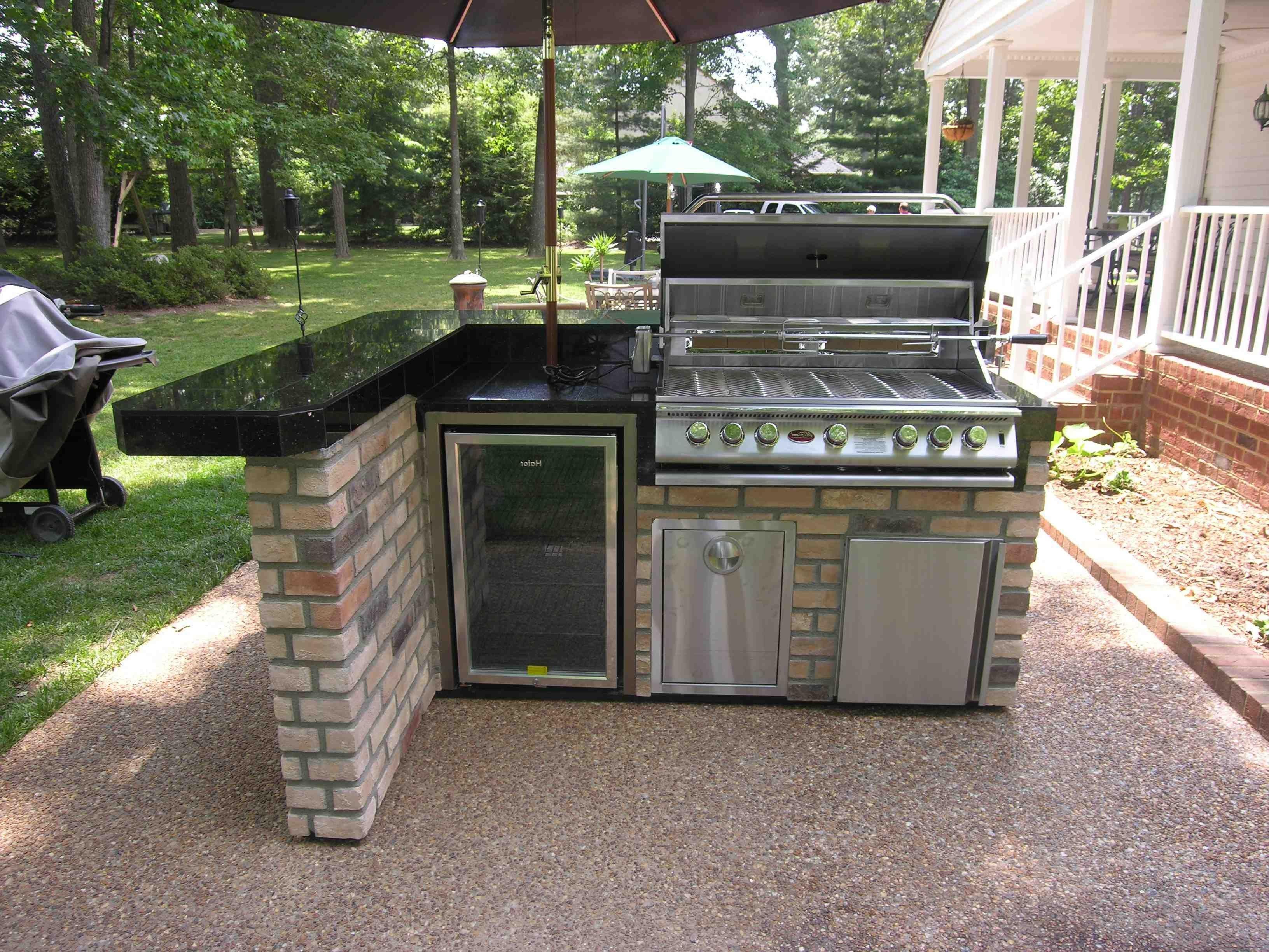 Menards Grill Dark Brick L Shaped Outdoor Kitchen White