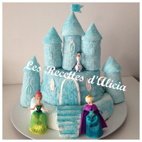 le ch teau de la reine des neiges en p te a sucre anna elsa les recettes d 39 alicia gateau. Black Bedroom Furniture Sets. Home Design Ideas