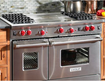 Wolf 48 Gas Range Featuring A Convection Oven With Infrared Broilers And One Non Convection Oven Wolf Stove Kitchen Home Kitchens