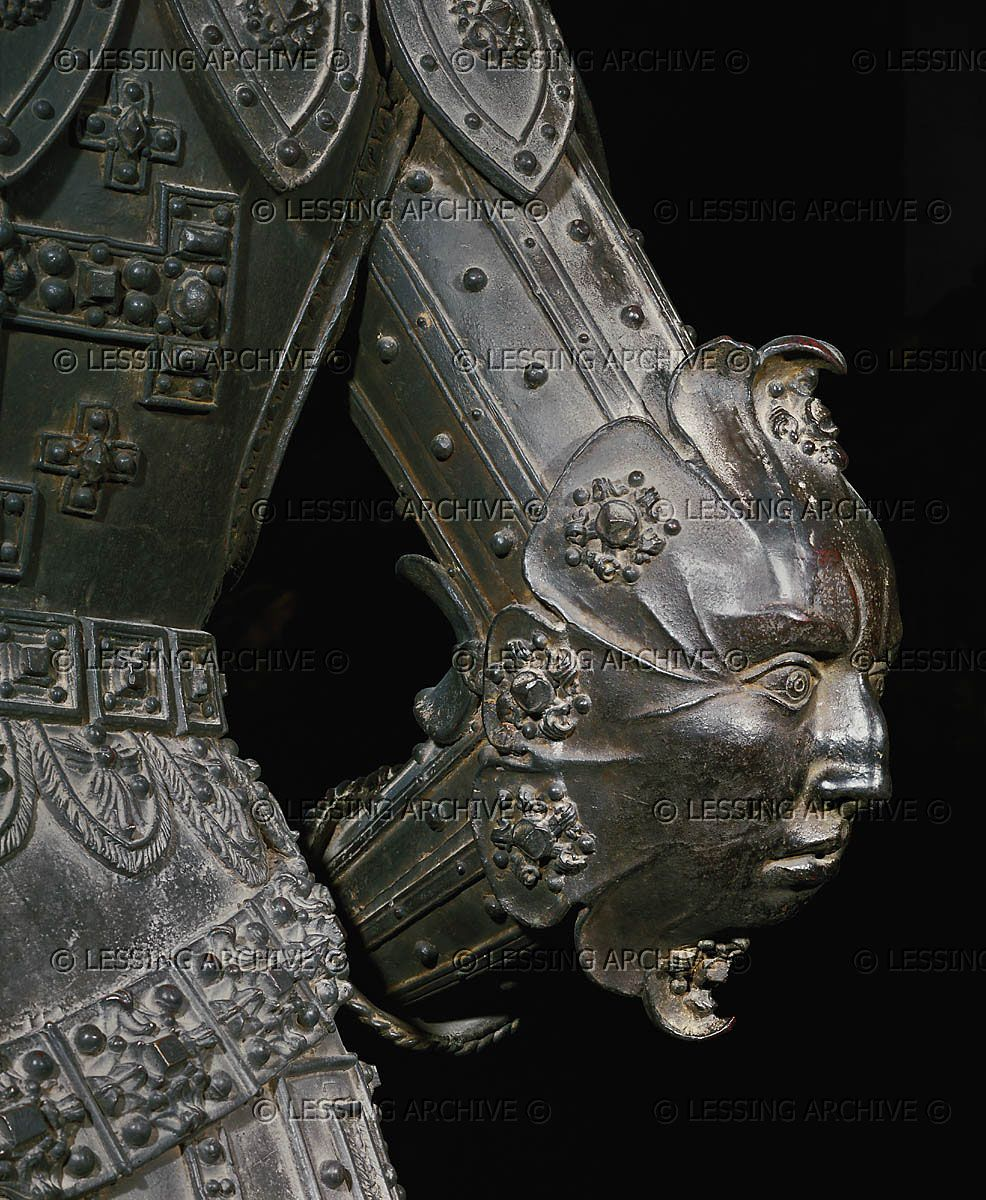 RENAISSANCE SCULPTURE 16TH Godl,Stephan Detail of the statue of Godefroy de Bouillon, elbow of his suit of armour. Cast by Godl, 1533. From the tomb of Emperor Maximilian I. Church Hofkirche, Innsbruck, Austria