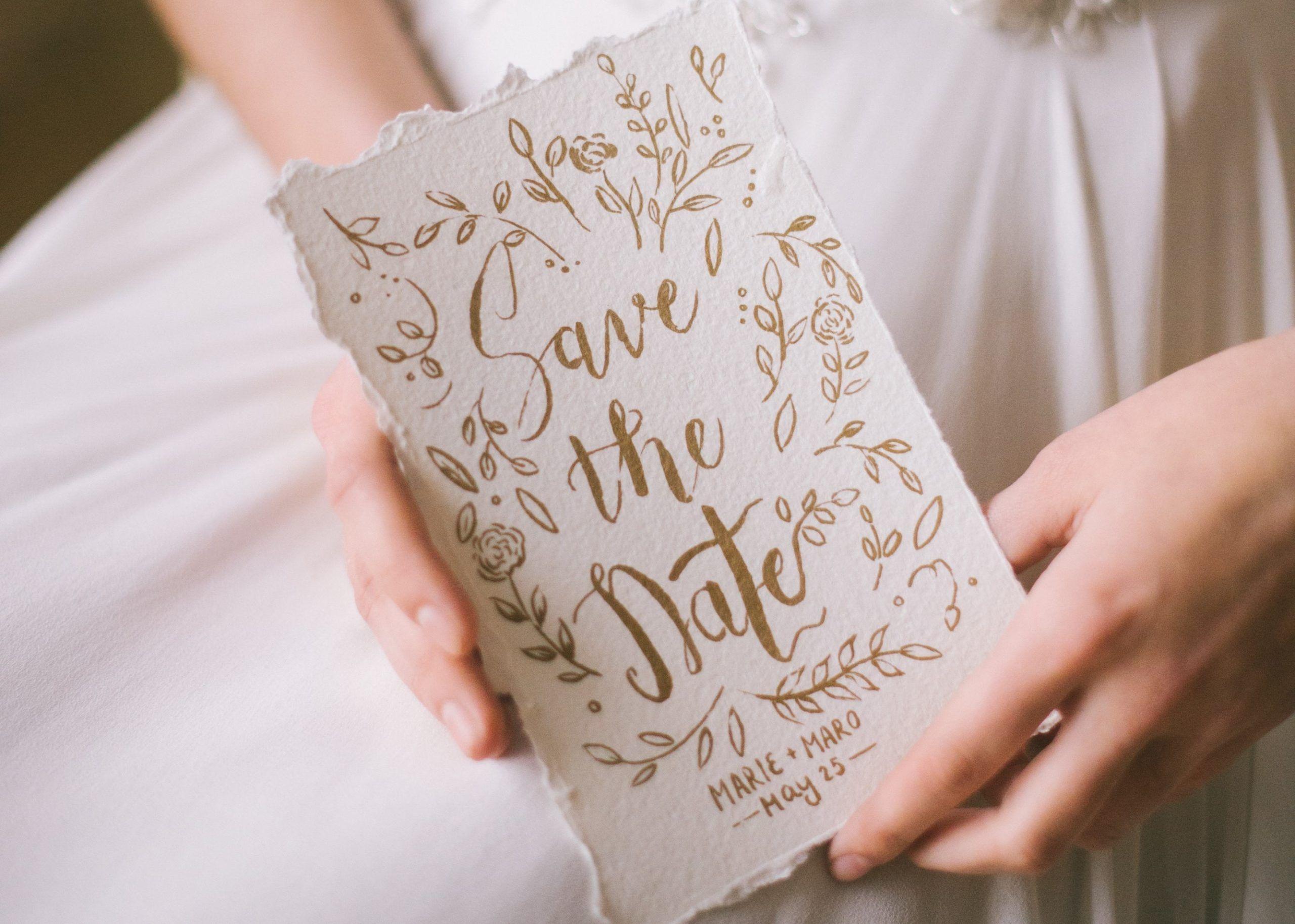 destination wedding save the date when to send