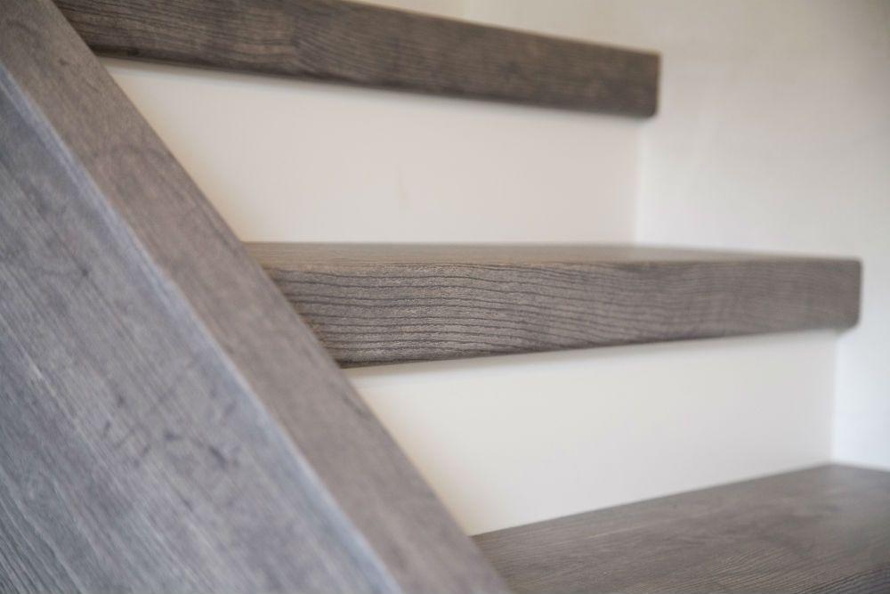 Trap bekleding google zoeken stairs foyer