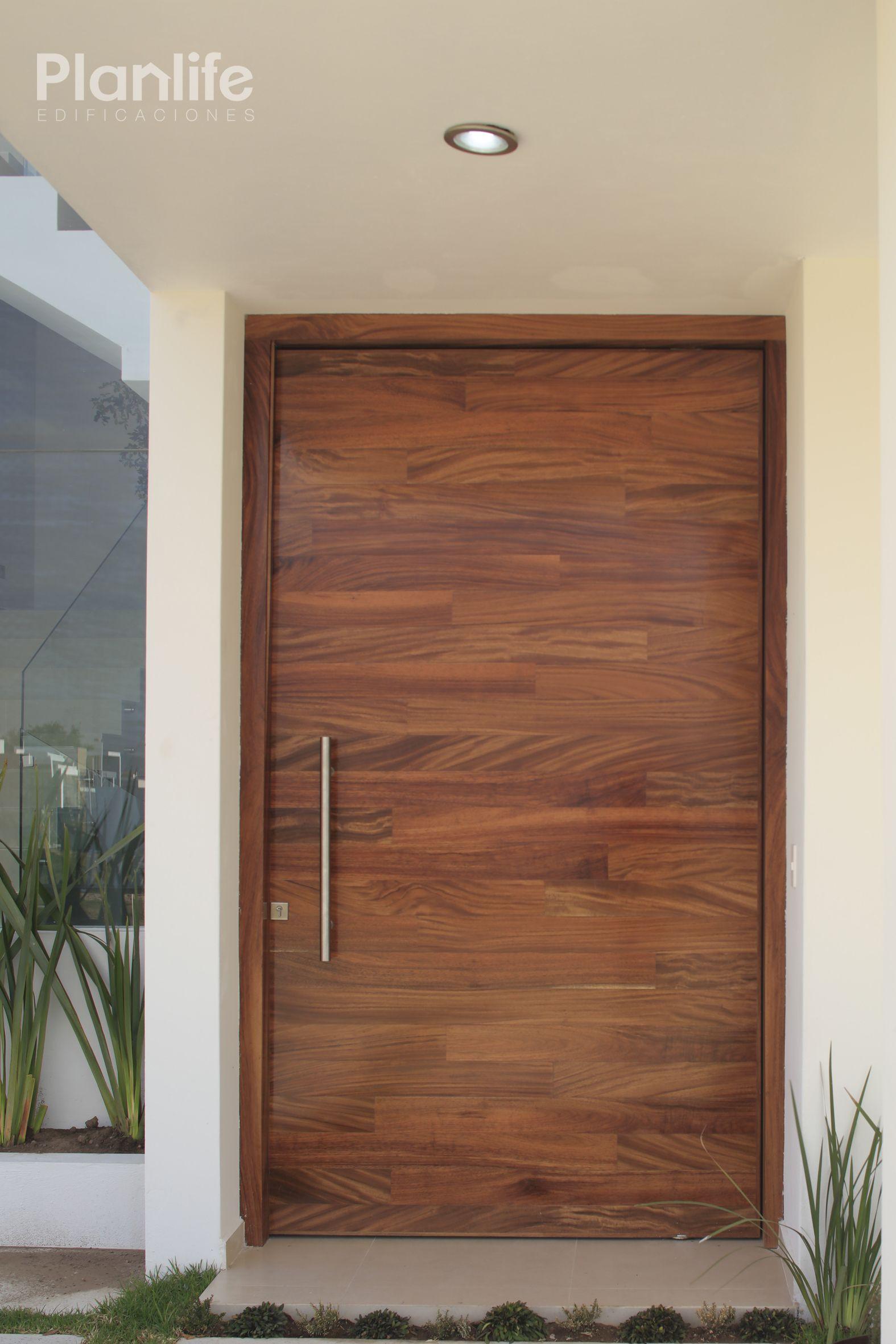Casa parota punto sur casa parota fracc punto sur for Puertas de entrada de madera modernas