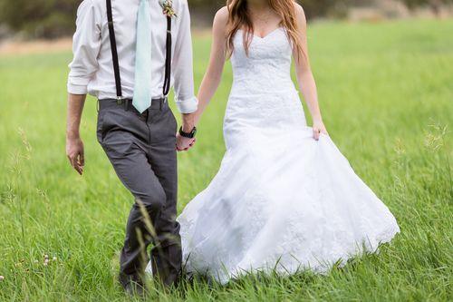 Bend Oregon Wedding photographer at Wallace Ranch by TréCreative Film&Photo http://trecreative.com/