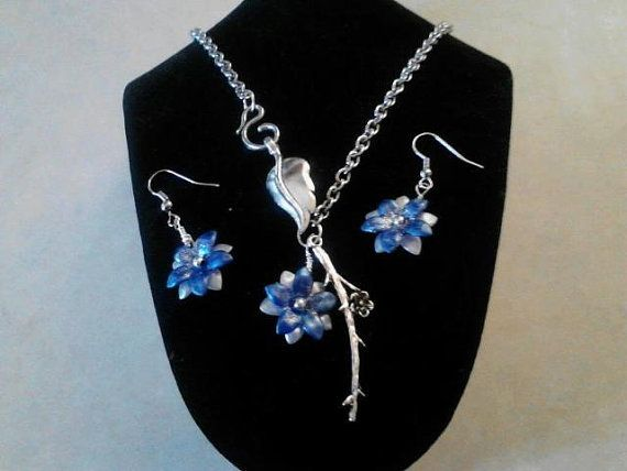 Spring flower Necklace set by Trinketastic on Etsy, $25.50