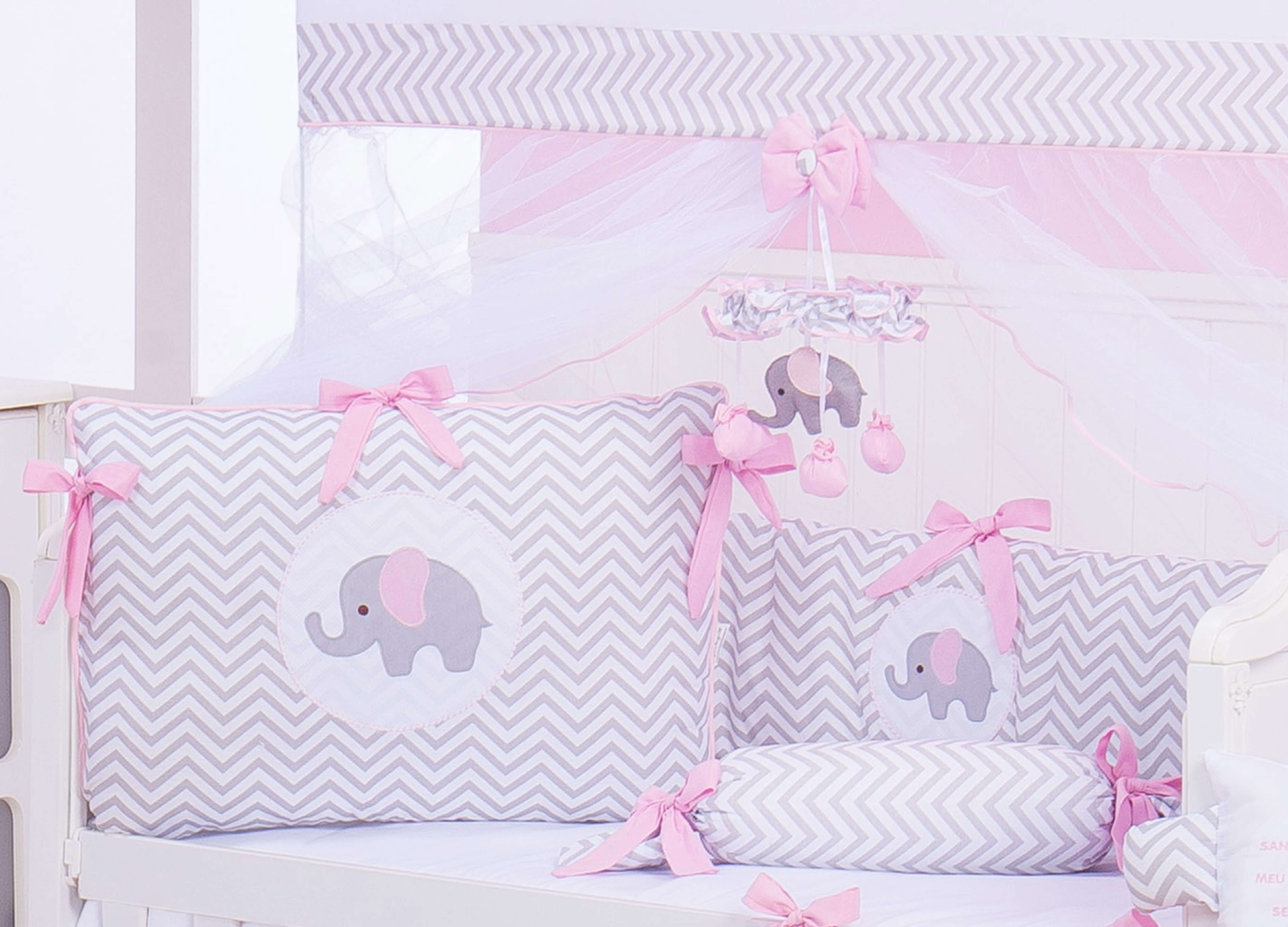 Um Cl Ssico Para O Quarto De Menina O Kit Ber O Elefante Chevron  ~ Quarto Do Bebe Menina Com Quarto De Bebe De Luxo