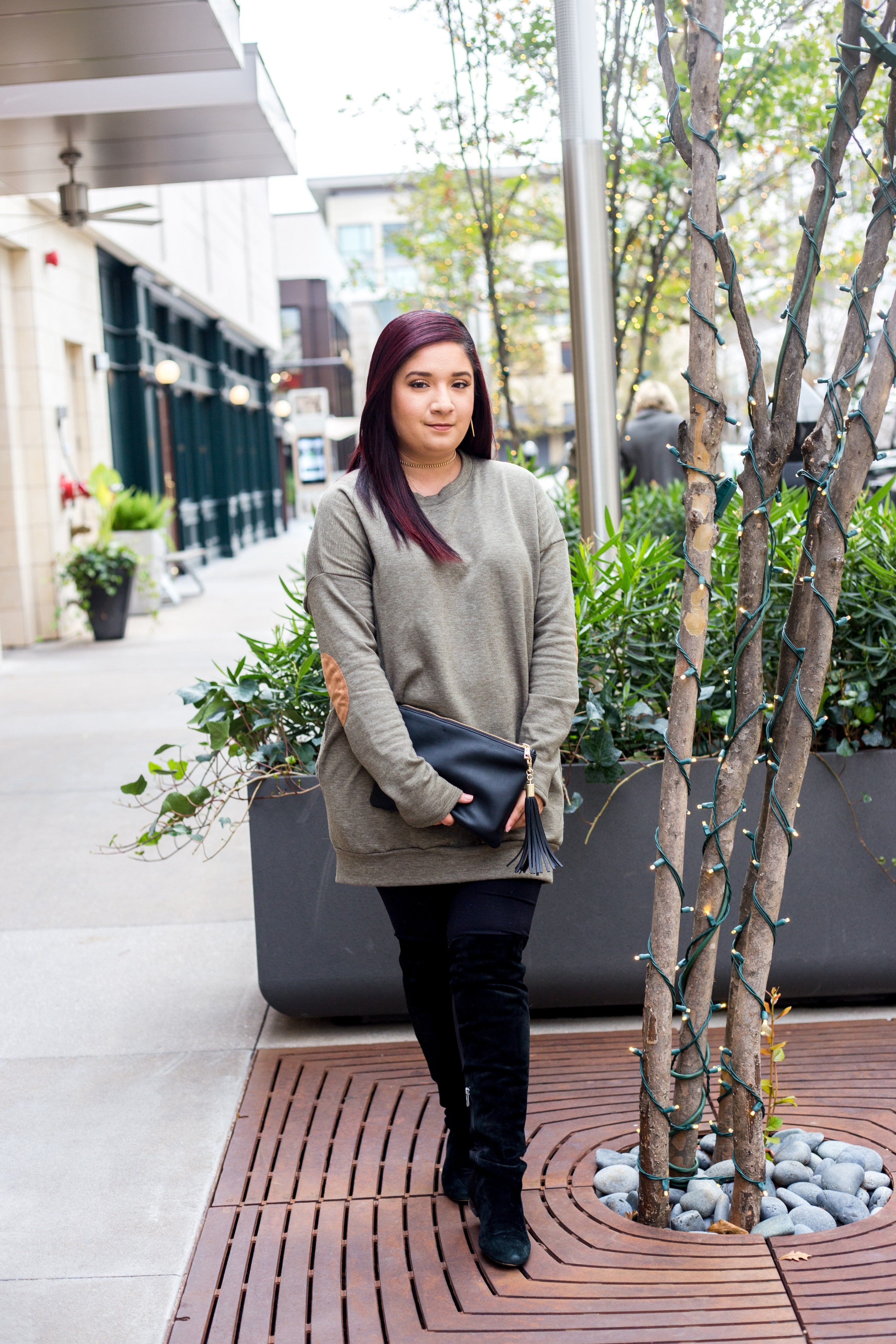 Wear High Knee Boots Without a Sweat | Nancy Sparkles