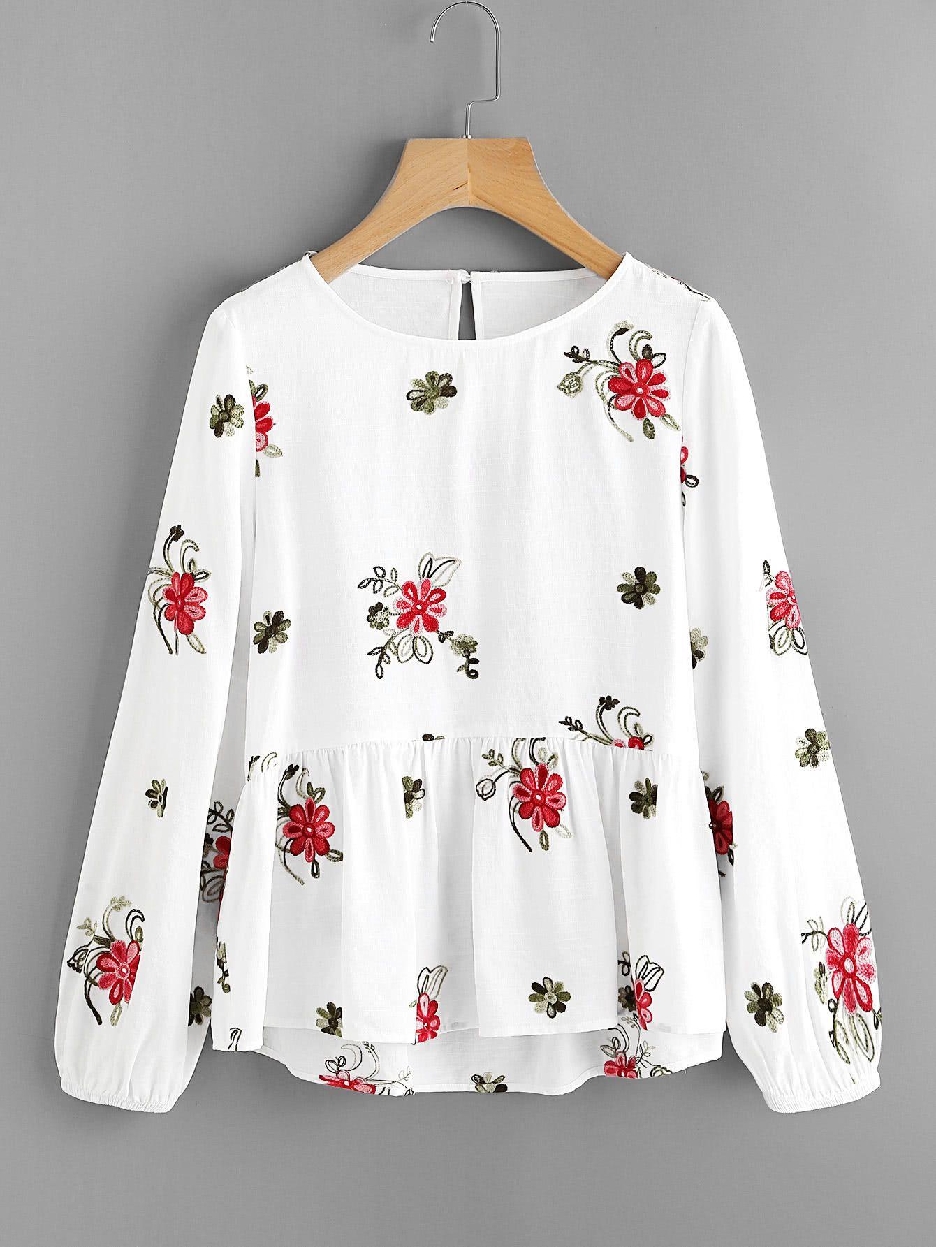 1c88a333ccb6 Top con bordado de flor-Spanish SheIn(Sheinside)   Blusas estampadas ...