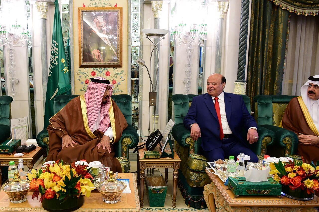 اخبار اليمن الان عاجل بالصور شاهد كيف استقبل الملك سلمان