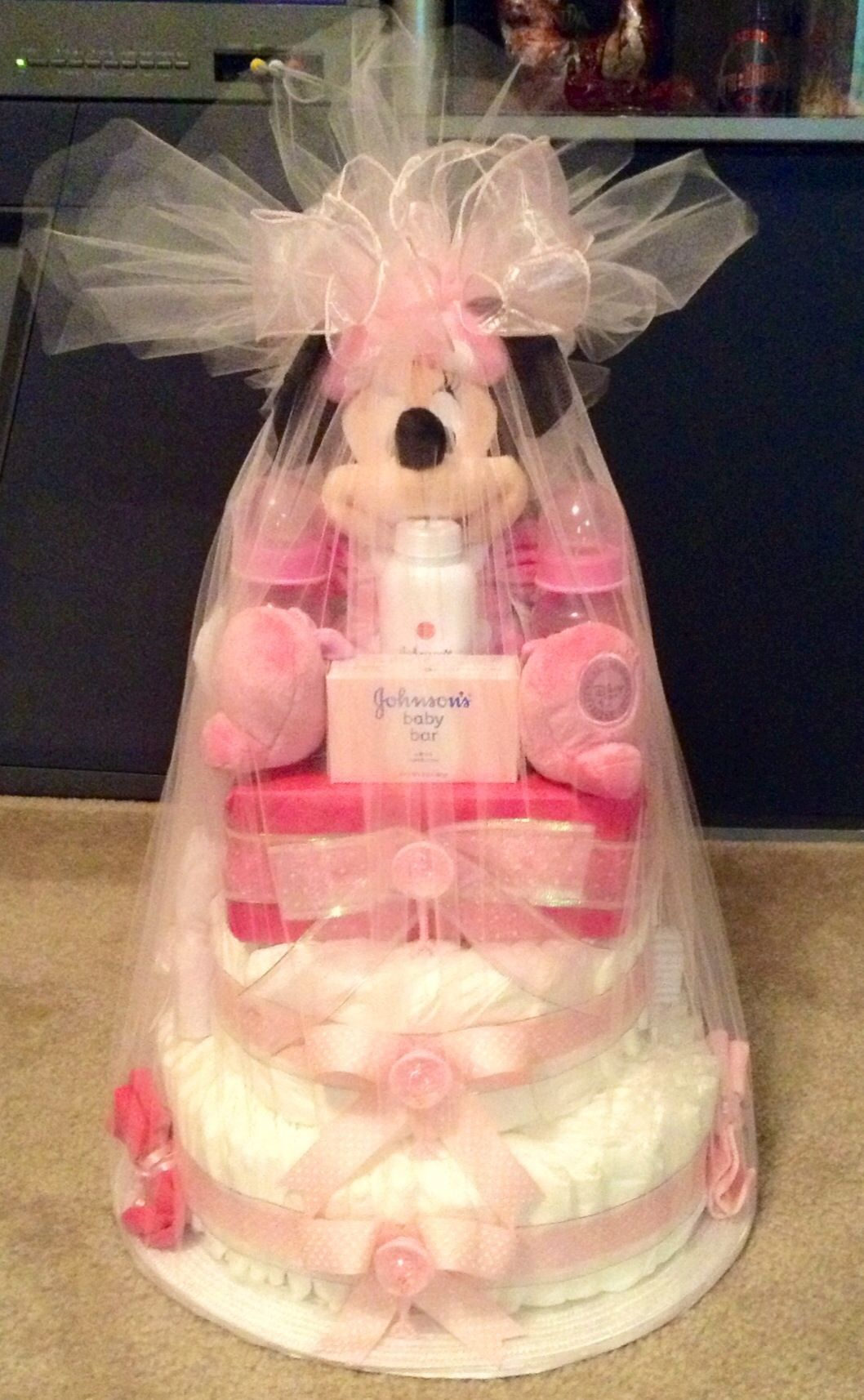 f879c05b35138 Minnie Mouse Diaper Cake