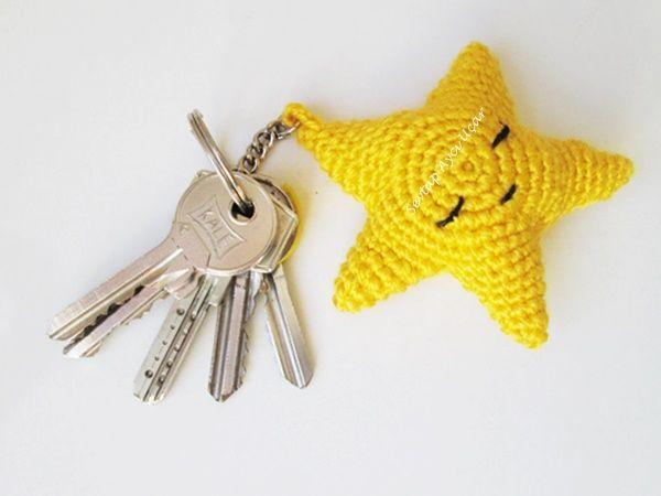 Amigurumi Anahtarlık Tarifi : Yildiz anahtarlik amigurumi Örgü oyuncak pinterest amigurumi
