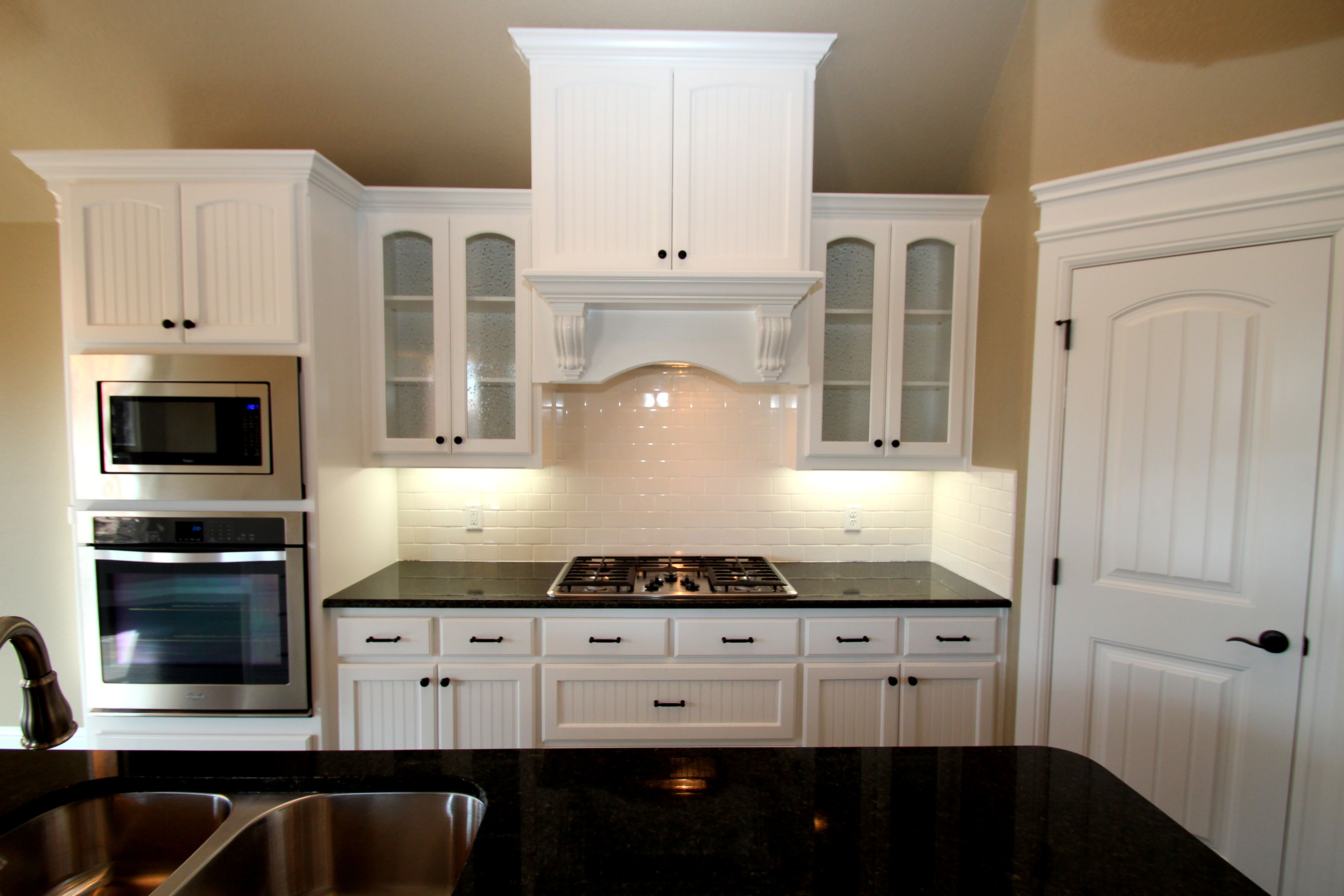 Best Couto Custom Home Painted Cabinet Finish Sherwin Williams 400 x 300