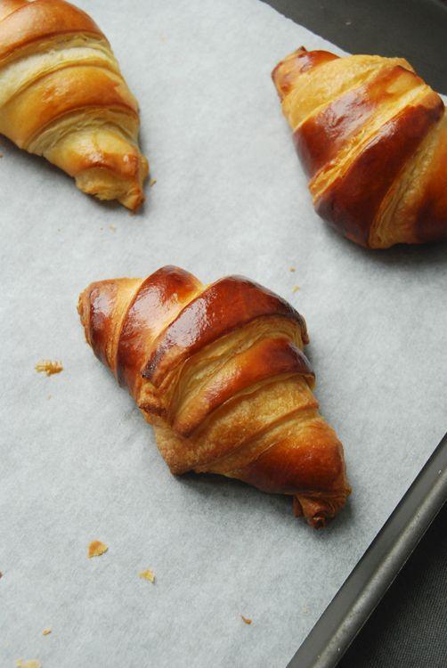 Croissants maison | Recettes de cuisine, Croissants maison, Alimentation
