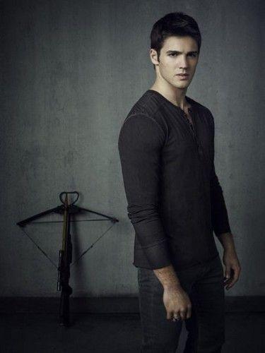 The Vampire Diaries Season 4 Cast Photos