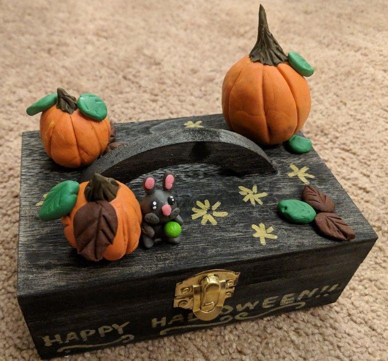 Halloween home decor box